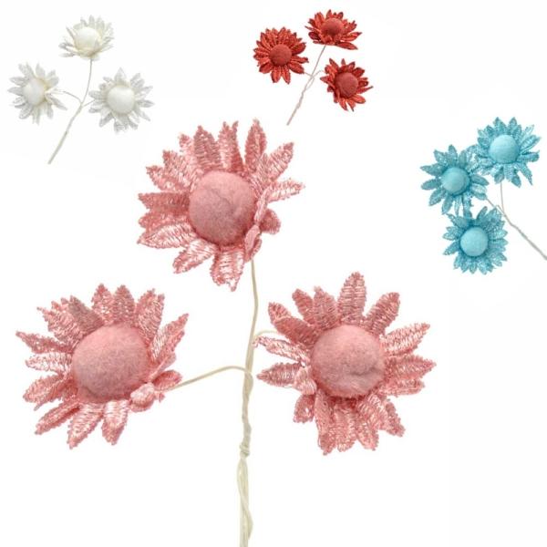 Ramillete Oasis,  con flores realizadas en algodón