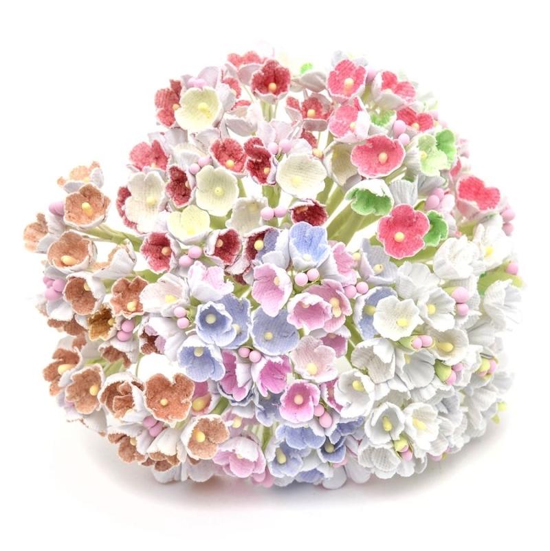 Ramillete Melisa, elaborado con flores realizadas en papel con pistilos