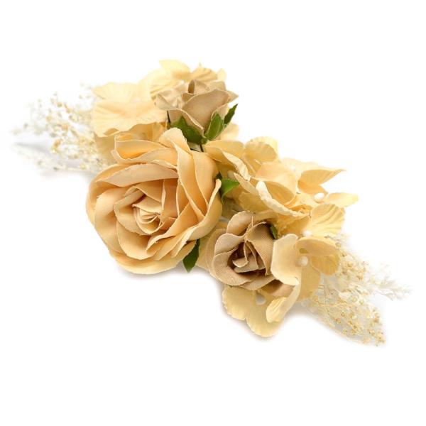 Ramillete Larissa, elaborado con flores preservadas