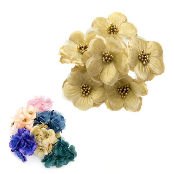 Ramillete Nayra, flores alambradas en tela.