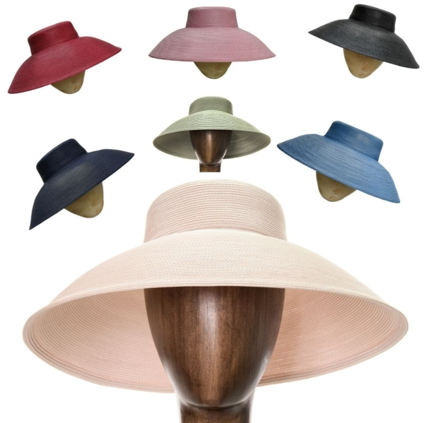 Sombrero Loewe, polipropileno material de gran resistencia